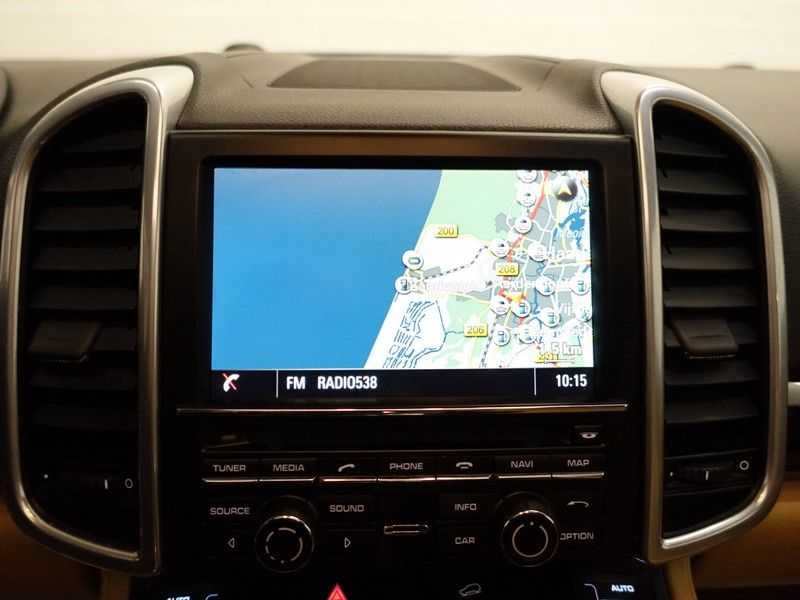 Porsche Cayenne 3.0 S E-Hybrid Sport 334pk Autom Bi Colour Leder, Panodak, Navi, Xenon Led afbeelding 3