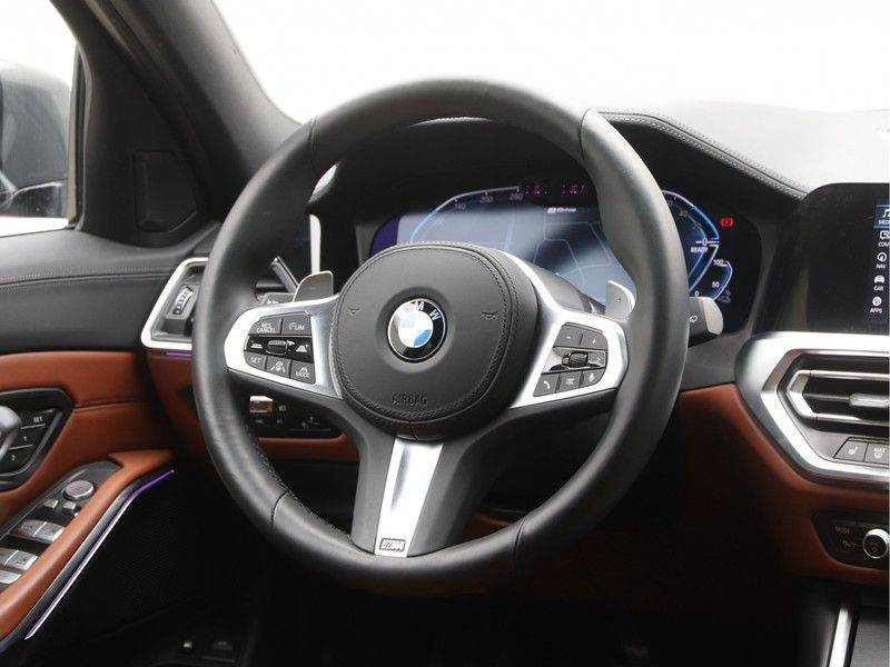 BMW 3 Serie 330Xe Touring High Exe M-Sport Hybrid afbeelding 2