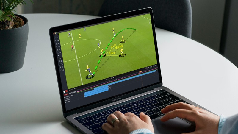 Using Studio on laptop