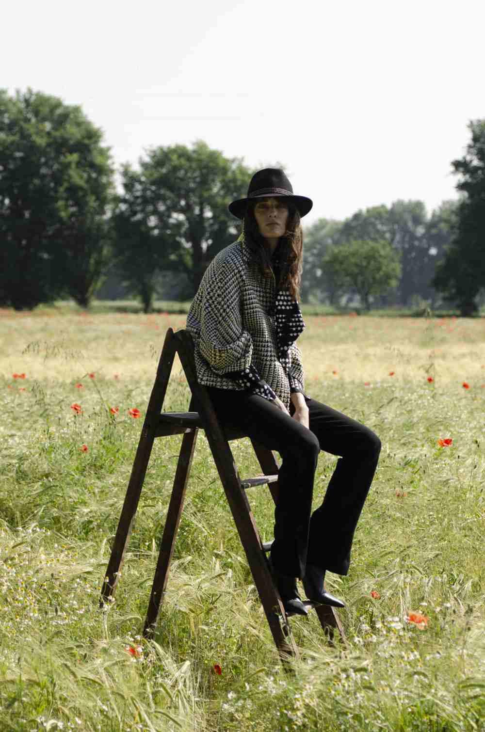 Elisabetta Cavatorta Stylist - Caractere  - FW 20-21