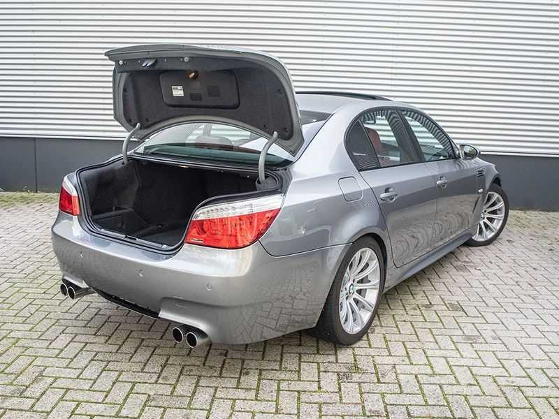 BMW 5 Serie M5 H6 - Manual - Volleder - 79.998km! afbeelding 17