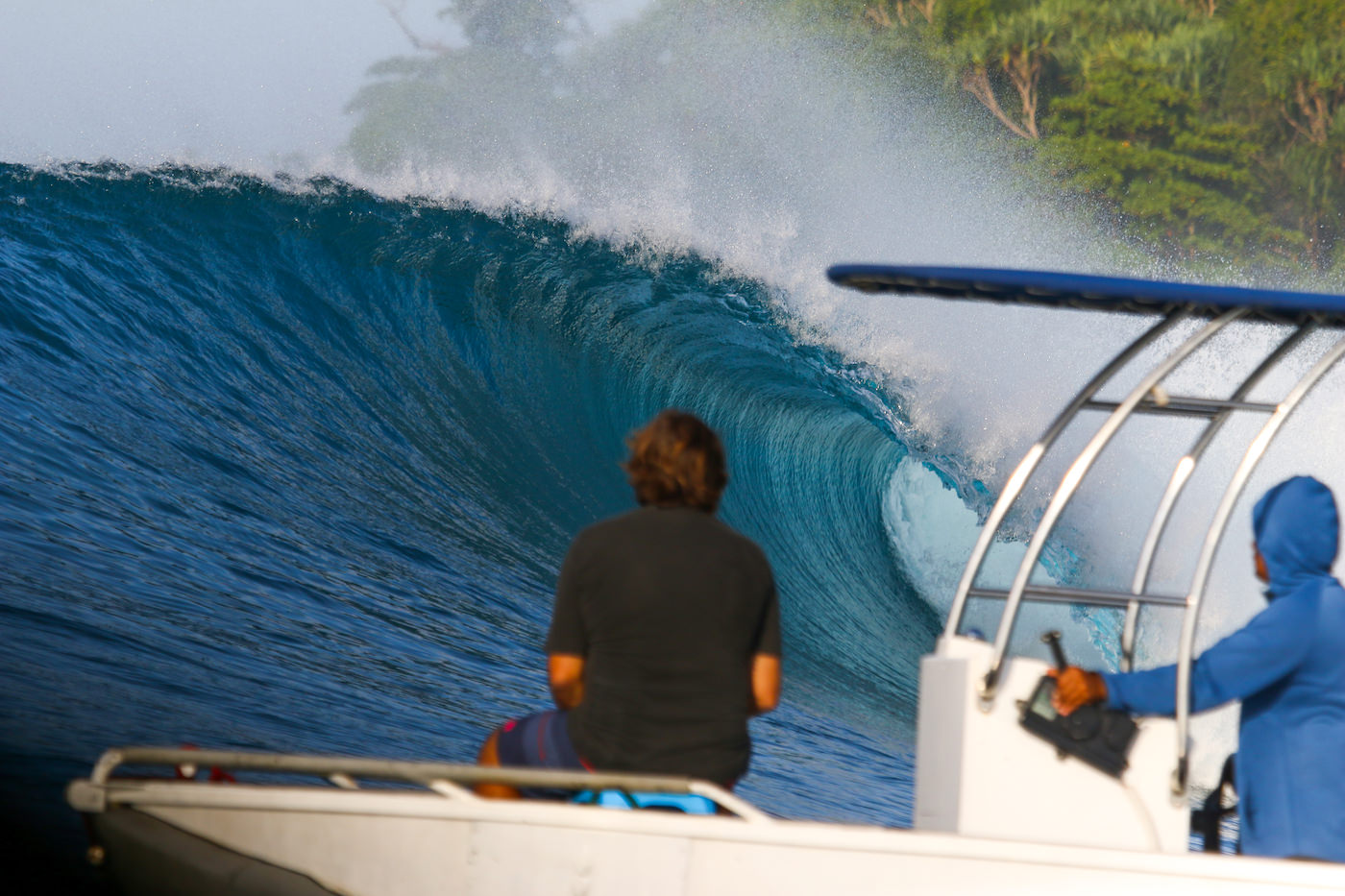 Banyaks Surfing Star Koat II Surf Charter Boat