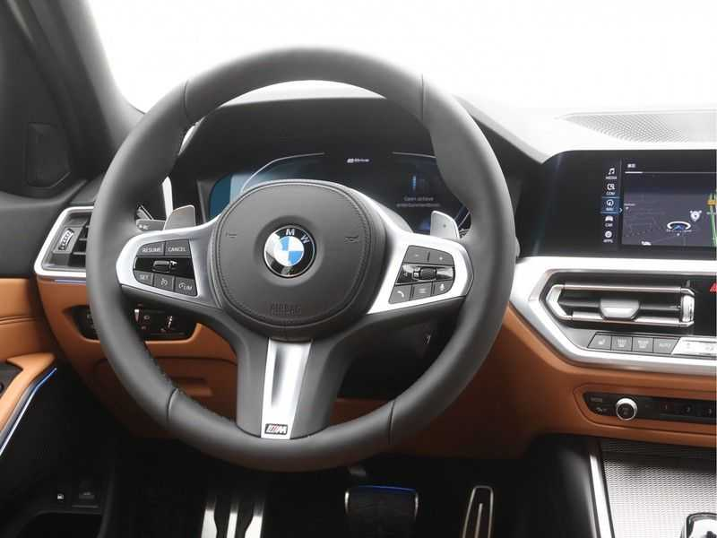 BMW 3 Serie Touring 330e PHEV High Executive M-Sport Automaat afbeelding 10