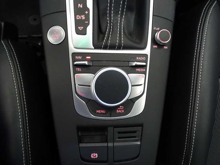 """Audi A3 Sportback EX BTW 1.4 e-tron PHEV Ambition Pro Line plus Panoramadak  Navigatie Clima Cruise 18""""LM afbeelding 16"""