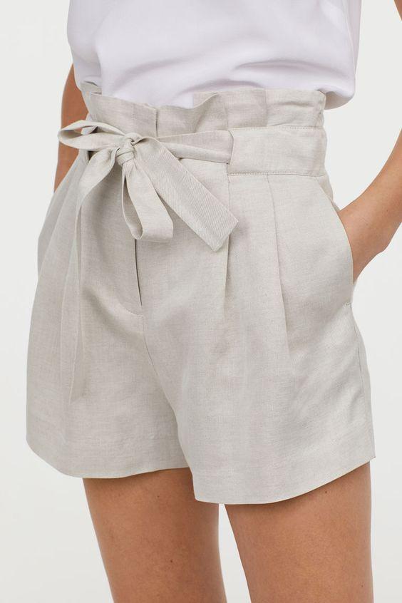 Short à ceinture intégrée