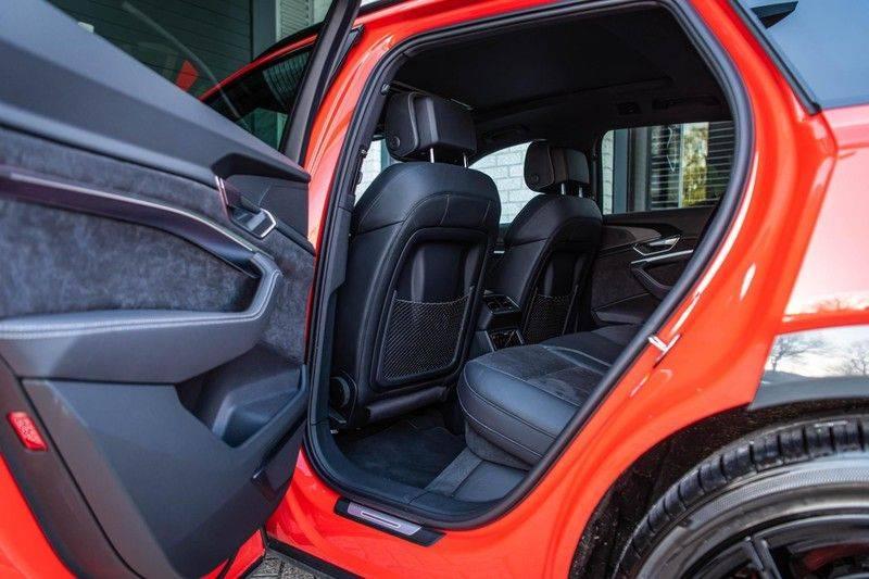 Audi e-tron 55 Quattro Advanced Exterieur, 408 PK, 4% bijtelling, Head/Up display, Pano/Dak, Night/Vision, S-line interieur, 15DKM afbeelding 19