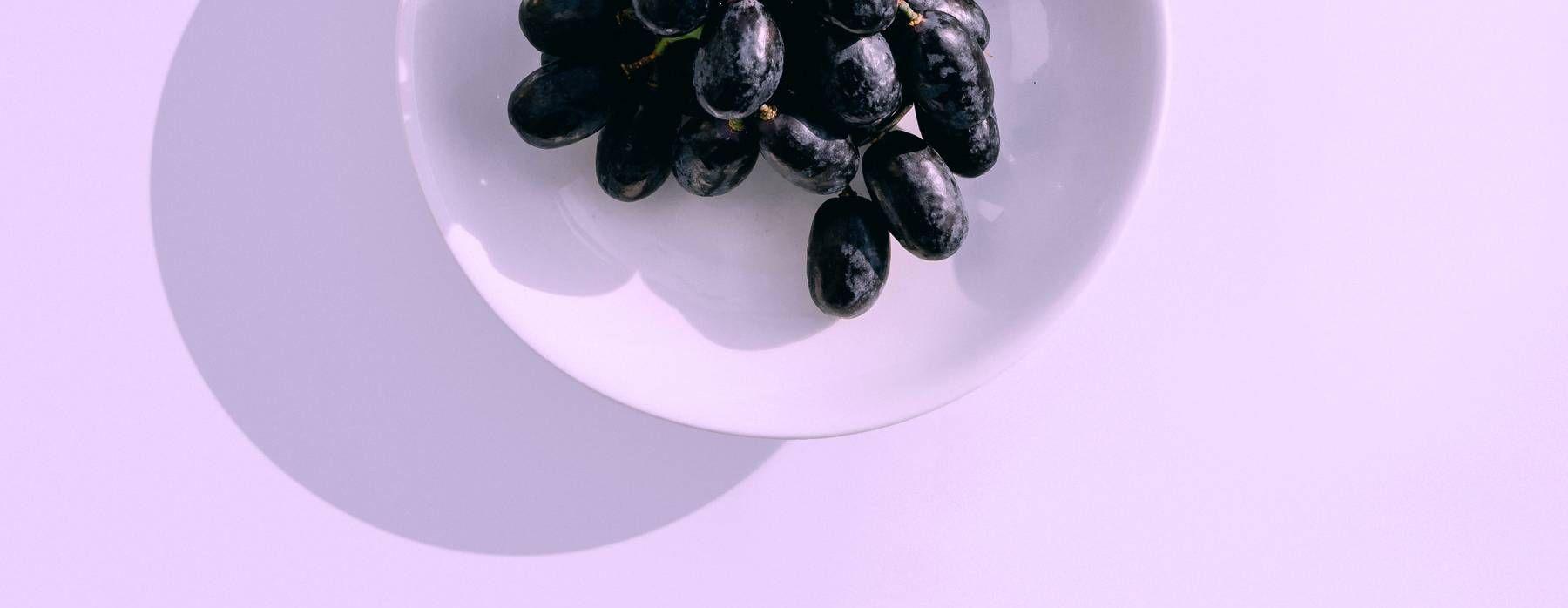 12 increíbles beneficios de las uvas pasas para la salud - Featured image