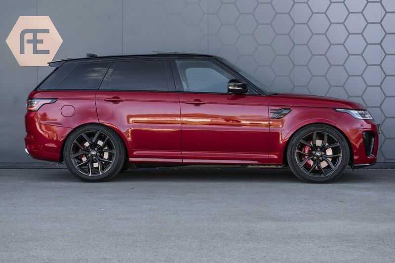 Land Rover Range Rover Sport SVR 5.0 V8 SC Meridian Reference Audio + Head Up + 360 Camera + Gekoelde/Verwarmde voorstoelen + Verwarmde  Achterbank + Carbon Motorkap Met Luchthappers + Ambianceverlichting afbeelding 6