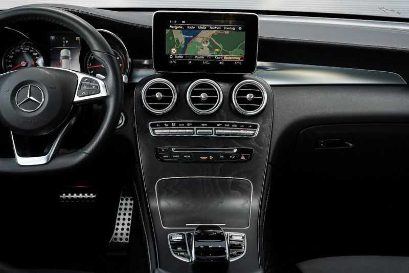 Mercedes-Benz GLC 250 4MATIC Sport Edition AMG Pano Trekhaak Camera 360° afbeelding 20