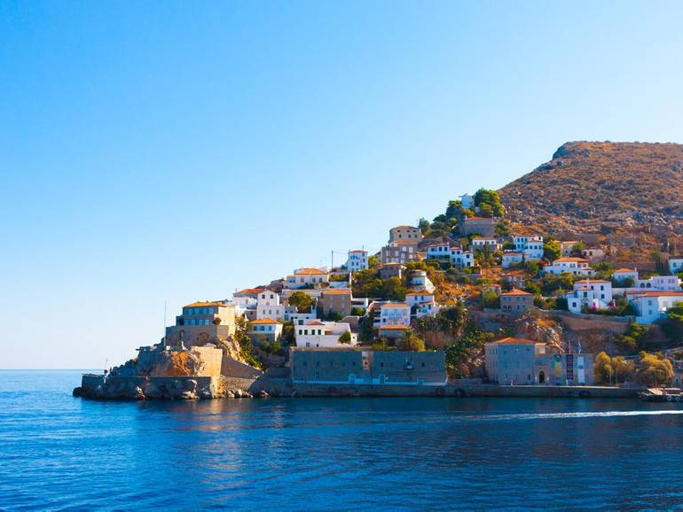 Finding things to do in Hydra when sailing in Greece