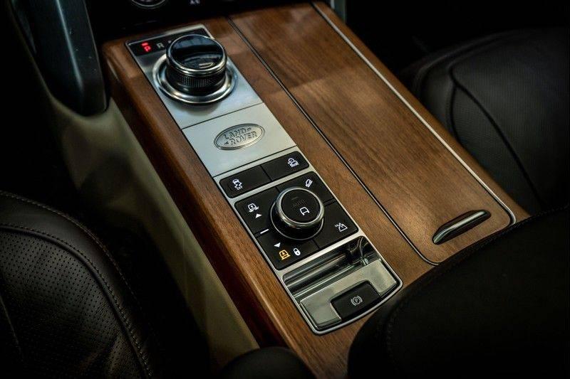 Land Rover Range Rover 4.4 SDV8 Black Pack | Panorama | Head-up Display | Trekhaak | Ambient lighting afbeelding 21