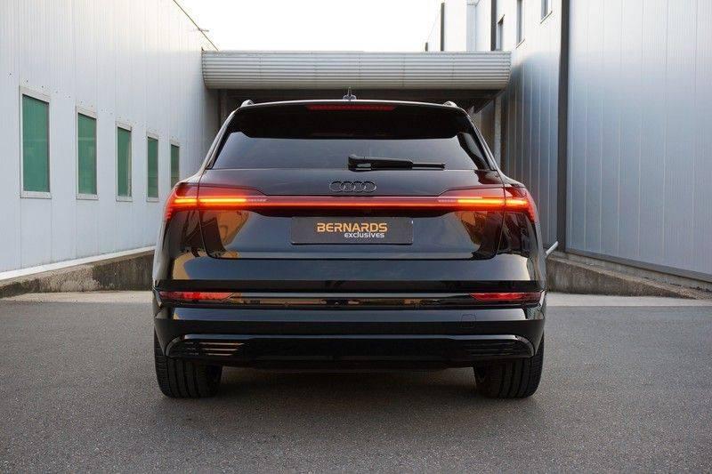 Audi e-tron 55 quattro *4% bijtelling *€180 netto bijtelling afbeelding 22
