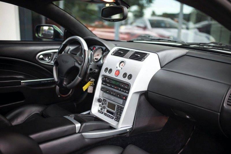 Aston Martin V12 Vanquish 5.9 *Absolute nieuwstaat!* afbeelding 4