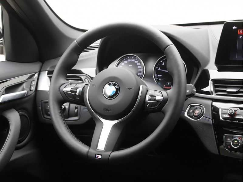 BMW X1 sDrive20i High Exe M-Sport Aut. afbeelding 8