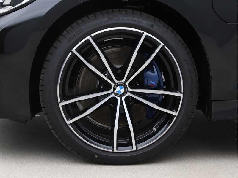BMW 3 Serie 330e High Exe M-Sport Aut afbeelding 22