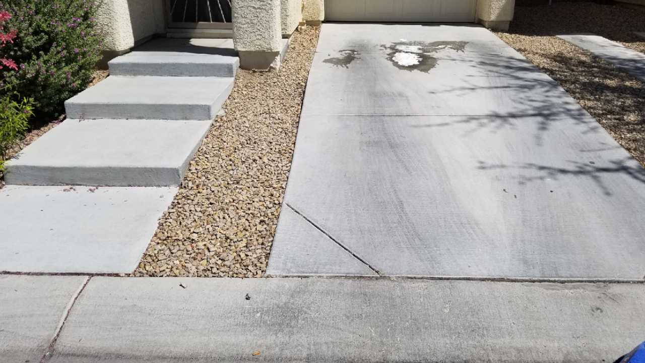 First driveway before cleaning