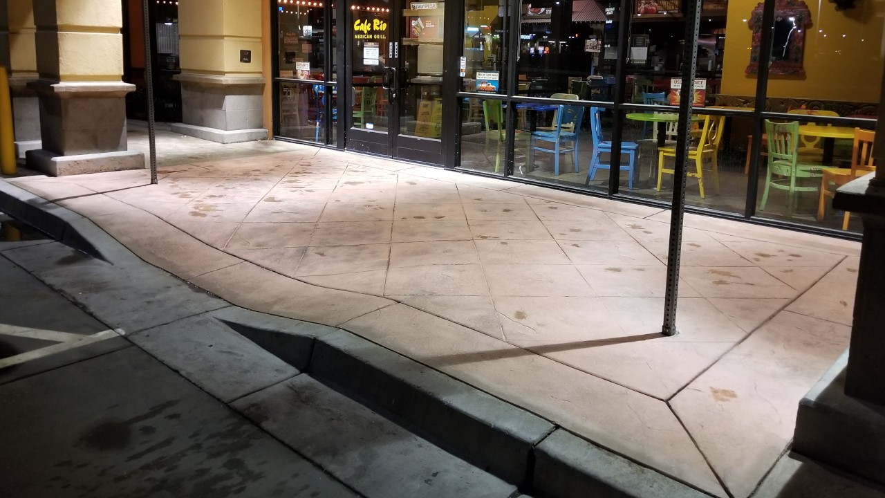 pressure-washing-cafe-rio-storefront-and-siding--cleaning-24