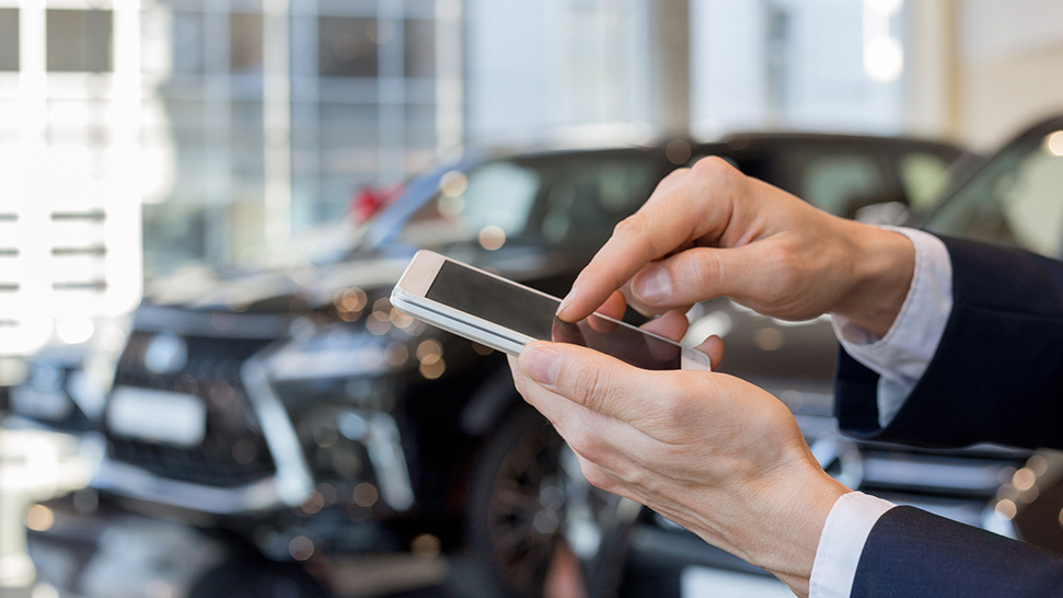 How the automotive industry is leveraging text messaging to manage communications during a crisis situation