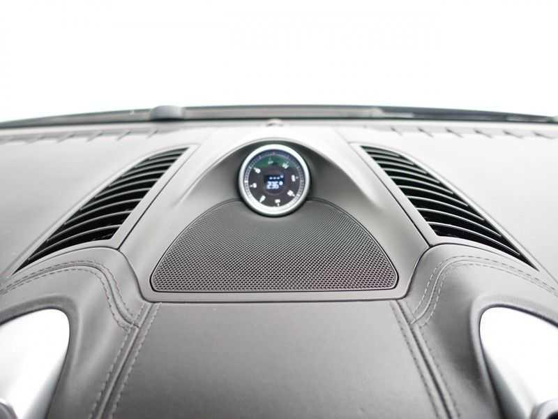 Porsche Cayenne 4.8 Turbo 500pk Designo Tiptr. Aut- Schuifdak, Leer, Sport Chrono, Akrapovic afbeelding 5