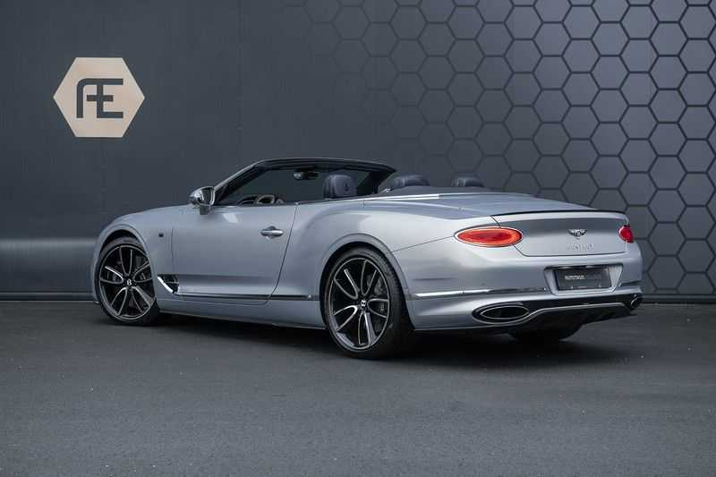 Bentley Continental GTC 6.0 W12 First Edition Full Carbon Exterior Pack, Naim Audio, Mulliner, Centenary Edition afbeelding 2