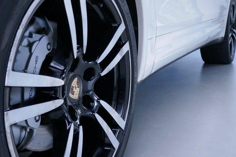 Porsche Cayenne 4.8 S Panoramadak afbeelding 13