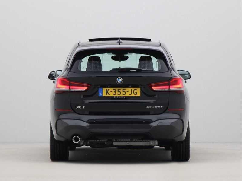 BMW X1 xDrive25e High Executive M-Sport Automaat afbeelding 4
