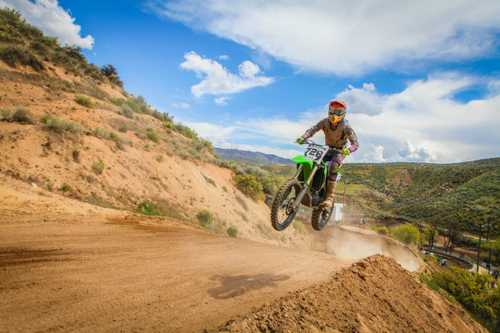 Acheter une moto avec son entreprise – Le bon plan.