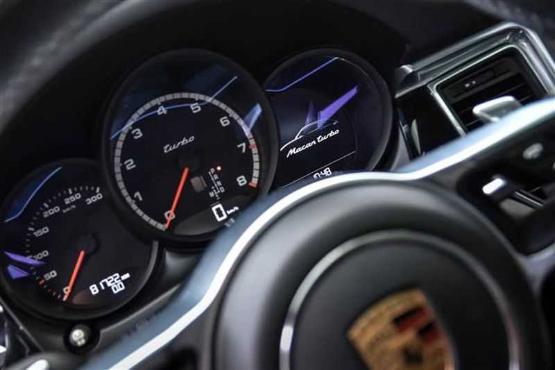 Porsche Macan TURBO AKRAPOVIC+21INCH+LUCHTV.+CAMERA NP.154K afbeelding 13