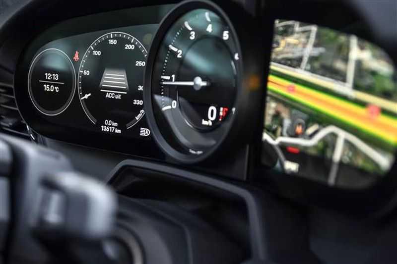 Porsche 911 4S SPORTDESIGN+LIFTSYST.+GLAS DAK+4WSTURING NP.219K afbeelding 3