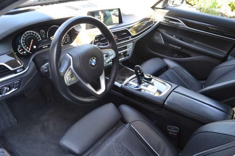 BMW 7 Serie 750Ld xDrive Ex. Lounge Pakket B*W afbeelding 12