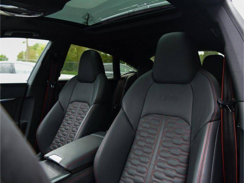 Audi RS7 Sportback 4.0TFSI 600pk Quattro Black Optic Laser-Led Softclose Head-Up Leder-dash RS-Zetels 22-Inch 360Camera afbeelding 25
