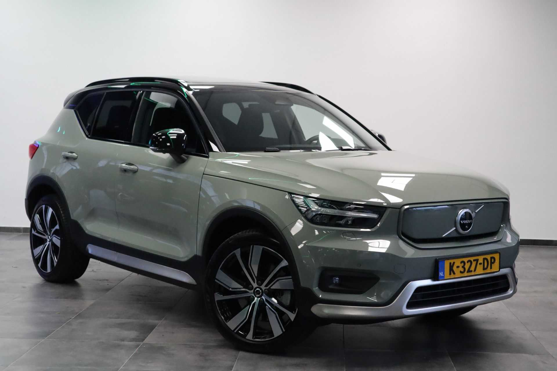 "Volvo XC40 Recharge P8 AWD R-Design EX BTW! Panoramadak 360 Camera 20""LM 8% Bijtelling Bodykit Direct leverbaar"
