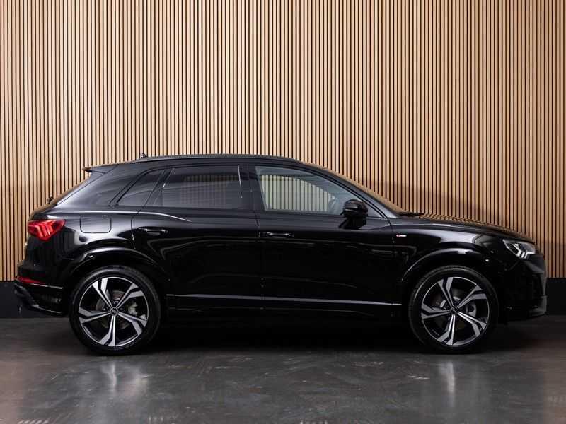 """Audi Q3 45 TFSI e S Edition 20"""", B&O, PANO, LED, B&O, S-LINE afbeelding 10"""