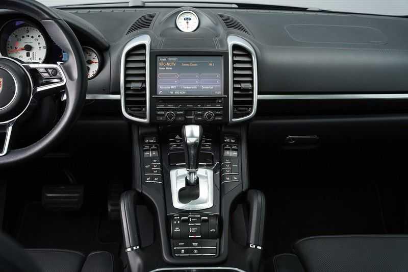 "Porsche Cayenne 3.0 D Facelift Sport Design Sportchrono + stoelen Pano 21"" afbeelding 14"
