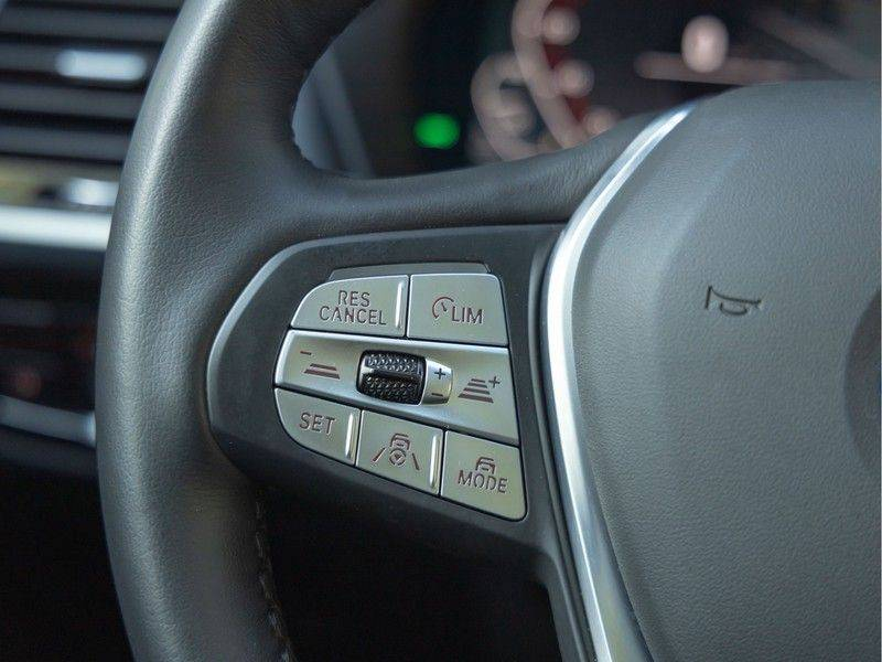 BMW iX3 High Executive - Direct Beschikbaar! afbeelding 25