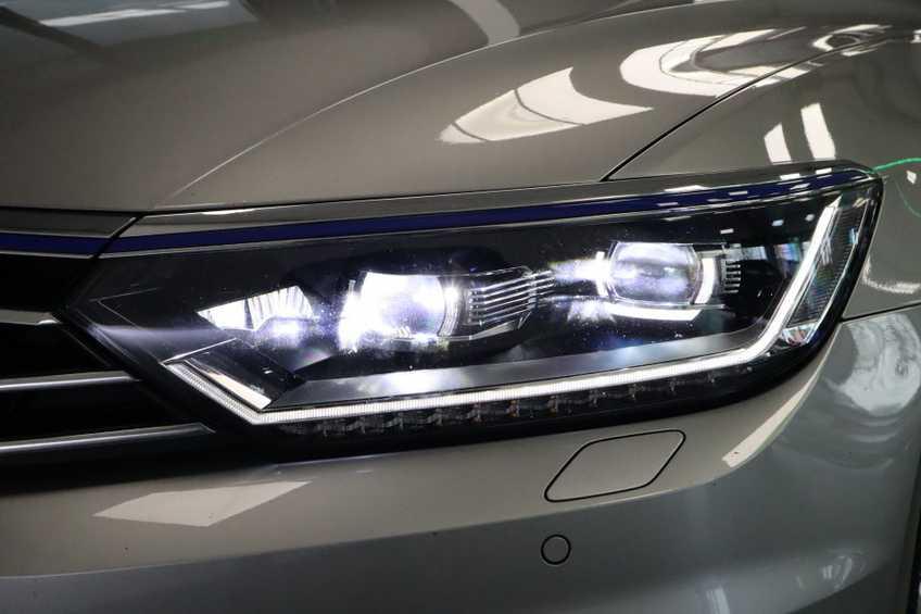 Volkswagen Passat Variant 1.4 TSI GTE Highline Prijs = Ex btw Navigatie Panoramadak Full-led afbeelding 13