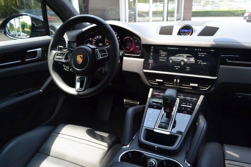 Porsche Cayenne Turbo afbeelding 5