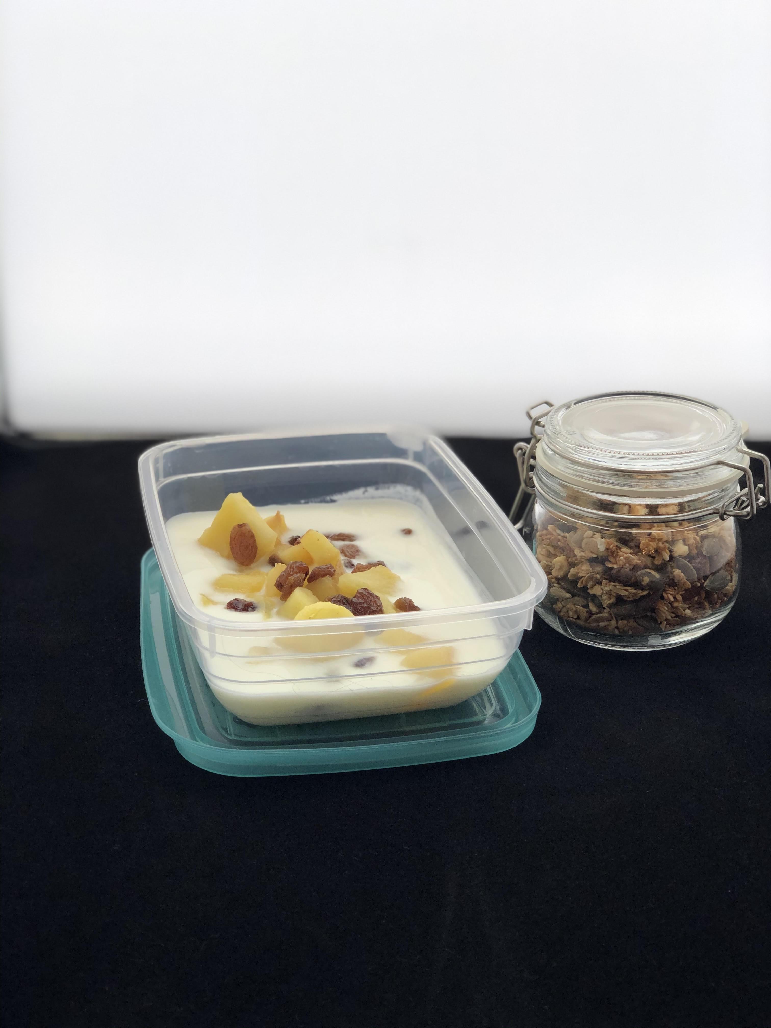 Ontbijt met pannenkoeken en blauwe bessen