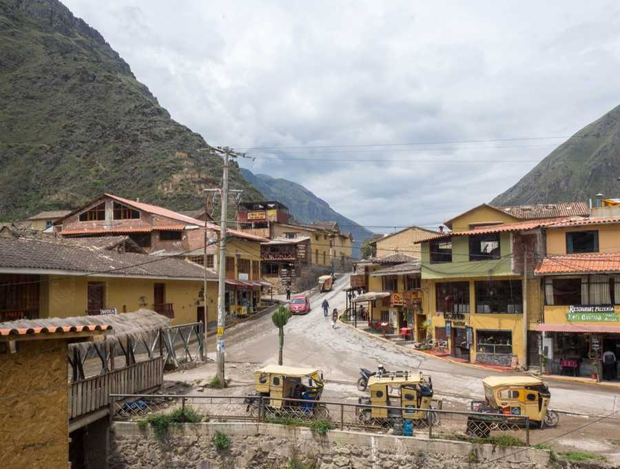 View of Ollantaytambo streets