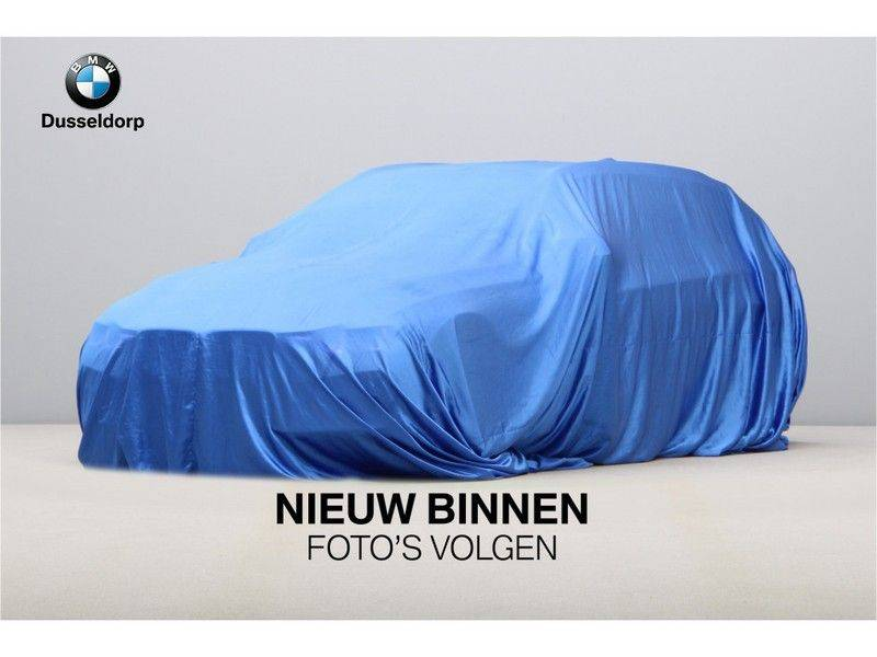 BMW 4 Serie 420i Coupé High Exe Aut. M-Sport afbeelding 2