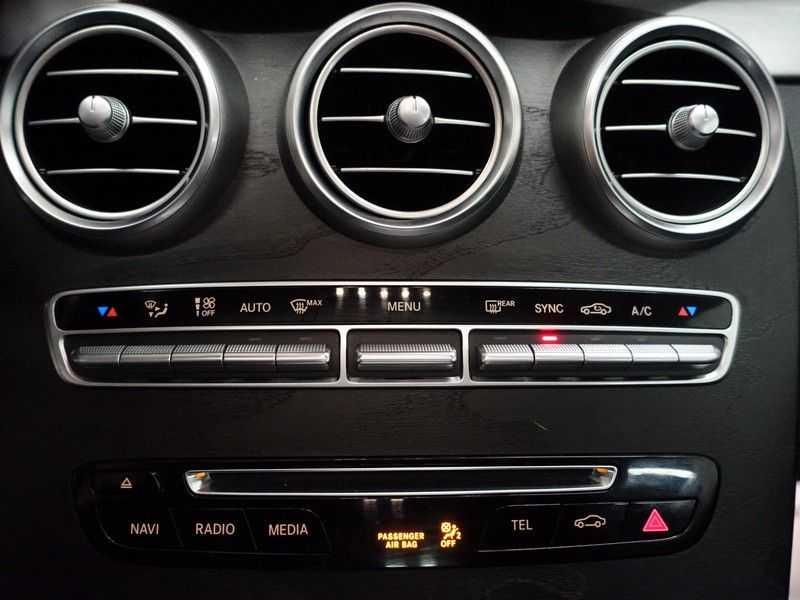 Mercedes-Benz C-Klasse Coupé 300 Prestige 245pk AMG Aut- Panodak, Leer, Camera, Navi, Xenon afbeelding 18