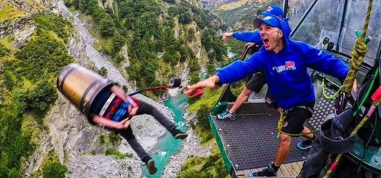 9 Crazy Adrenaline Activities You Have To Try In New Zealand