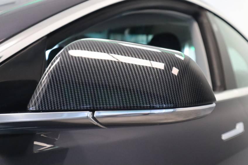 """Tesla Model 3 Long Range   prijs ex.btw 45.889,-   4% 19""""LM Grijs Zwart Performance Look afbeelding 7"""