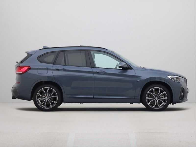 BMW X1 sDrive 20i High Executive M-Sport Automaat afbeelding 4