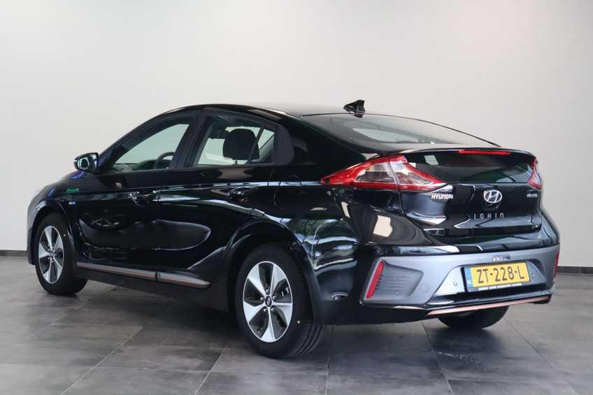 Hyundai IONIQ Comfort EV 4% Bijtelling NIEUW!! 21.116 ex. BTW Navigatie Adaptive-Cruise *tot 24 maanden garantie (*vraag naar de voorwaarden) afbeelding 10