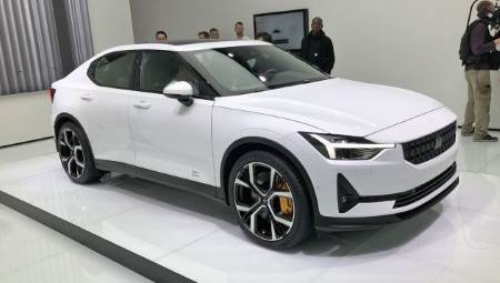 Challenger car company Polestar have announced with Polestar 2 saloon electric car with over 300 miles (482 km) of range.