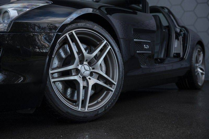 Mercedes-Benz SLS Coupé 6.3 AMG B&O afbeelding 13