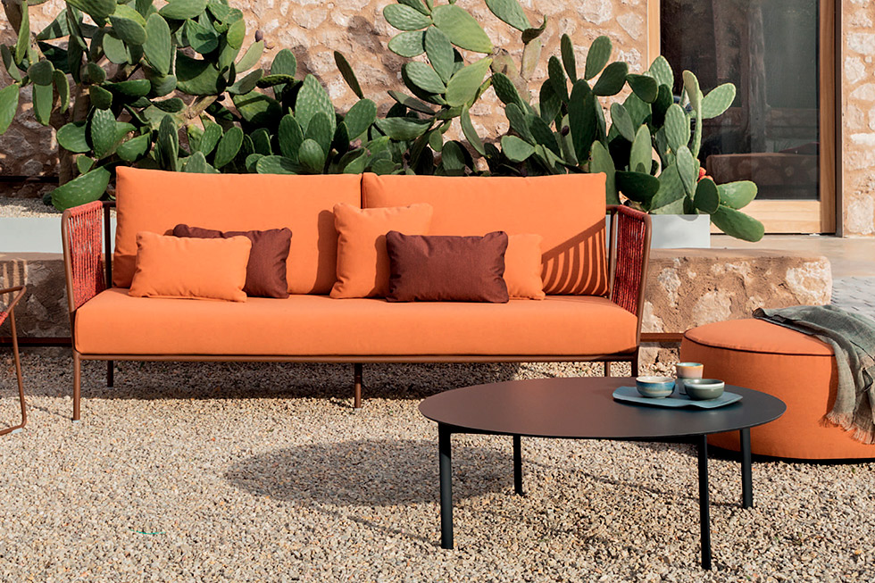outdoor-sofa.jpg