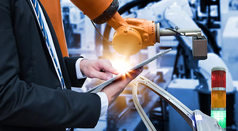 Accruent - Resources - Blog Entries - 3 Reasons Why Top Manufacturers Are Using IoT Remote Monitoring to Increase Productivity - Hero