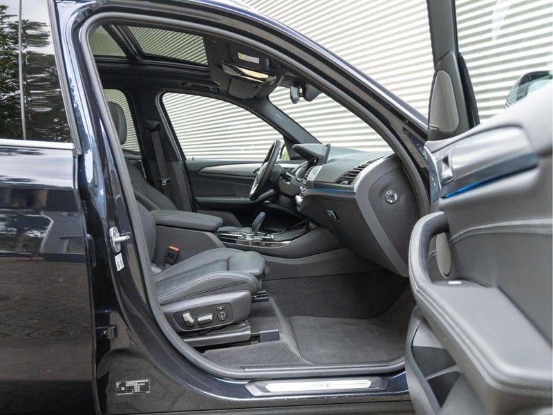 BMW iX3 High Executive - Trekhaak - Direct Beschikbaar! afbeelding 14